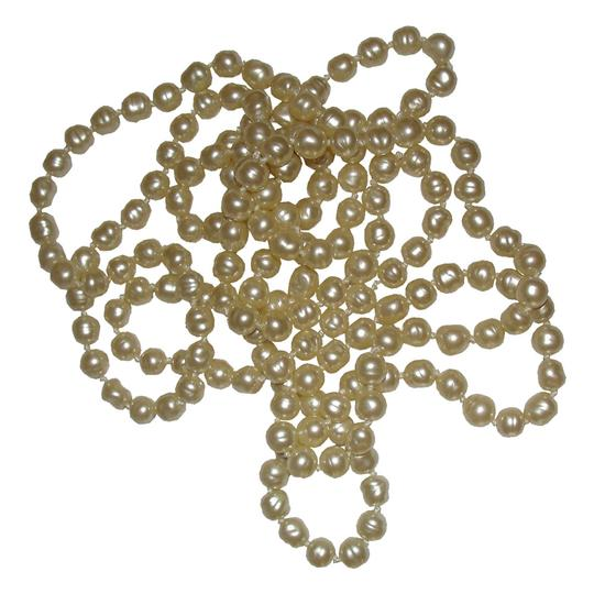 Chanel Chanel Baroque Pearl Flapper Necklace Image 3