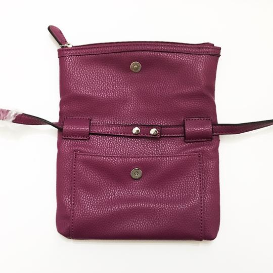 Kenneth Cole Reaction Cross Body Bag Image 2