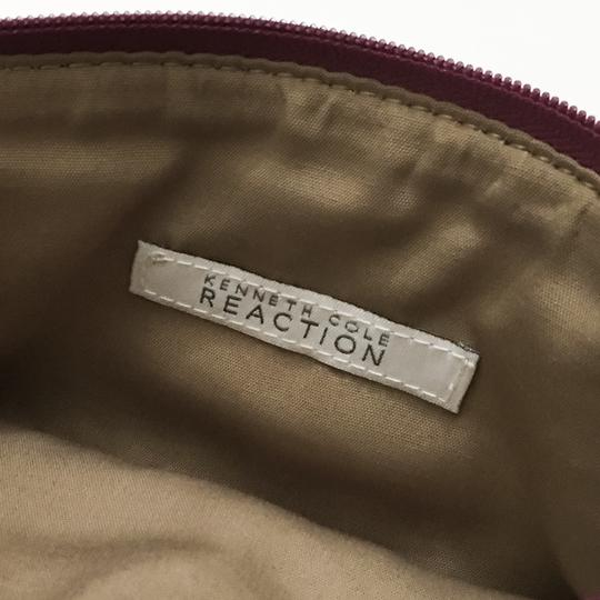 Kenneth Cole Reaction Cross Body Bag Image 9