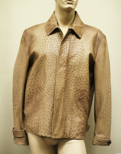 Preload https://img-static.tradesy.com/item/20093905/gucci-brown-rare-runway-men-s-ostrich-coat-jacket-eu-60-us-50-246652-2383-groomsman-gift-0-0-540-540.jpg