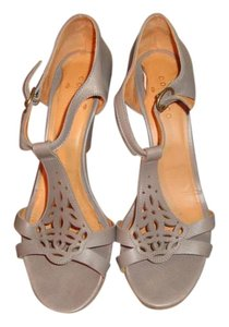 Coclico Gray Leather Sandals
