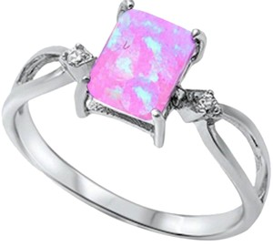 9.2.5 Unique pink opal silver ring size 8