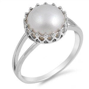 9.2.5 Stunning pearl figurine cocktail ring size 7