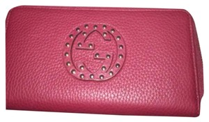 Gucci NWT Gucci Soho studded zip around wallet