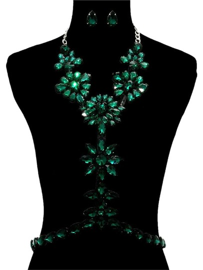 Preload https://img-static.tradesy.com/item/20094736/green-silverrhodium-emerald-rhinestone-bodychain-and-earrings-necklace-0-1-540-540.jpg