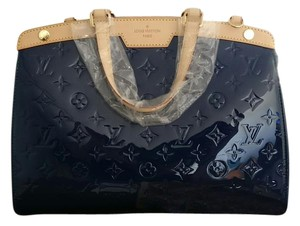 Louis Vuitton Brea Vernis Tote in Blue
