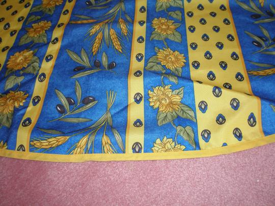PARIS, FRANCE FRENCH ! EXCELLENT CONDITION- AUTHENTIC PROVENCE TABLECLOTH Image 1