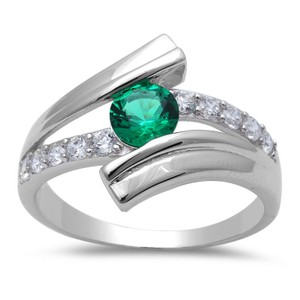 9.2.5 Unique green emerald wave ring size 7