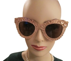 Dolce&Gabbana D & G gold sunglasses with velvet case