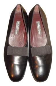 Salvatore Ferragamo Loafers Black w/Bow Flats