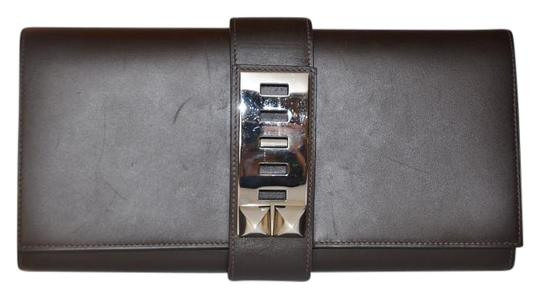 Preload https://img-static.tradesy.com/item/20096453/hermes-medor-29-with-palladium-hardware-brown-leather-clutch-0-1-540-540.jpg