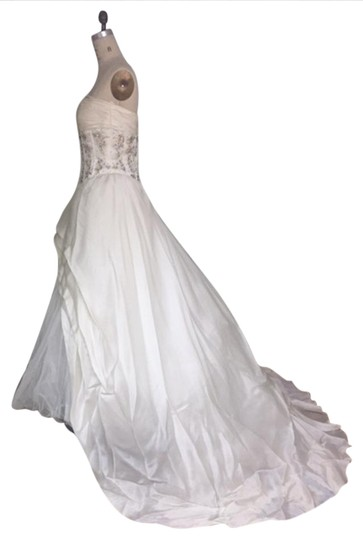 Stephen Yearick Offwhite Multi White Organza Tulle 2483 3d Ballgown Beaded Bodice Strapless Sweetheart Traditional Wedding Dress Size 6 (S) Image 11