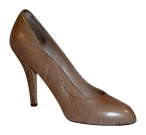 Dolce Vita Leather Italian Sophisticated Nude Pumps