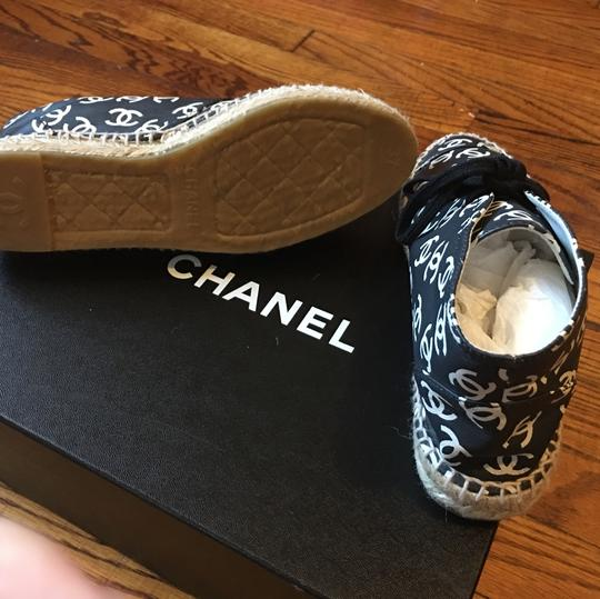 Chanel Black and white print cc logo Athletic