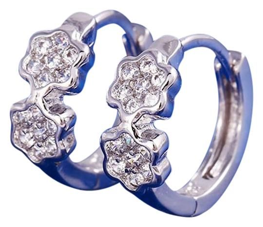 Preload https://img-static.tradesy.com/item/20097320/rhodium-silver-cubic-clear-stones-small-cz-clover-womens-girls-hoop-huggie-earrings-0-1-540-540.jpg