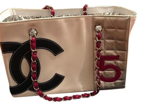 Preload https://img-static.tradesy.com/item/20097385/chanel-cc-and-number-5-white-red-blue-silver-leather-tote-0-1-540-540.jpg