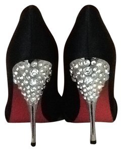 Paris Hilton Rhinestone Satin Glamour Sexy Black Pumps
