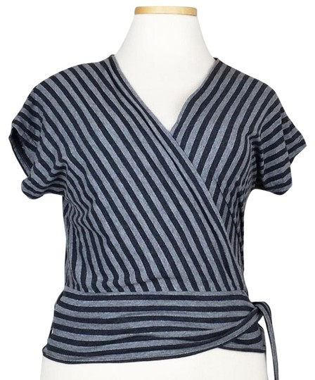 b64630f24a Chico s Black Gray Silver Wrap Style Top on sale - hydroclean.no