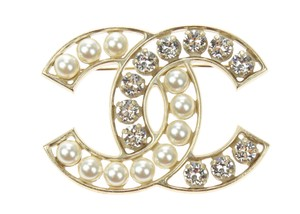 Chanel Gold Faux Pearl Crystal CC Logo Brooch