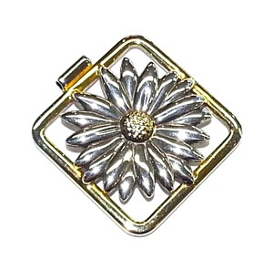 Tiffany & Co. Very Rare Tiffany & Co Vintage 18K & Sterling Silver Daisy Flower Pendant