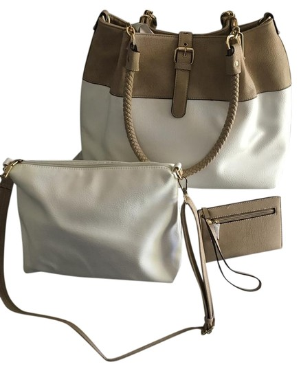 Preload https://img-static.tradesy.com/item/20097981/wilsons-leather-3-in-1-ivory-and-tan-shoulder-bag-0-1-540-540.jpg