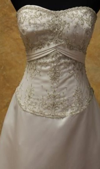 Allure Bridals Ivory Cafe Silver Satin 2029 Full Aline Strapless Traditional Wedding Dress Size 8 (M) Image 11