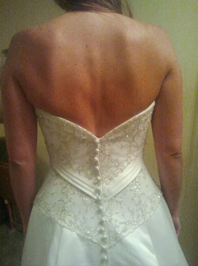 Allure Bridals Ivory Cafe Silver Satin 2029 Full Aline Strapless Traditional Wedding Dress Size 8 (M) Image 5