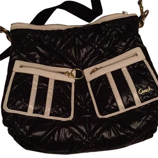 Preload https://img-static.tradesy.com/item/20098496/coach-black-and-white-quilted-shoulder-bag-0-1-540-540.jpg