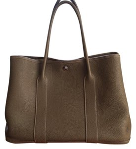 Herms Hr.k0422.02 Leather Palladium Tote in Etoupe