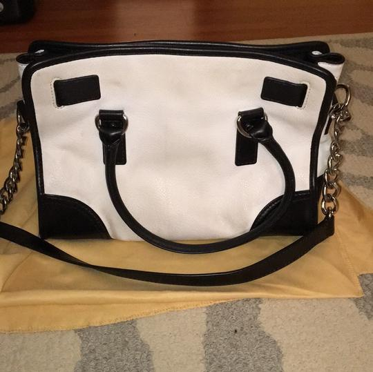 MICHAEL Michael Kors Satchel in black and white Image 1