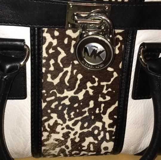 MICHAEL Michael Kors Satchel in black and white Image 3