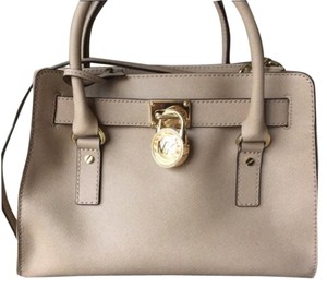 Michael Kors Hamilton Satchel in Dune