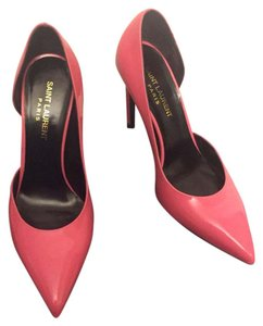 Saint Laurent #ysl #saintlaurent #yslpink #saintlaurentpump #yslpump Pink Pumps