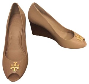 Tory Burch #jadewedge Beige Wedges