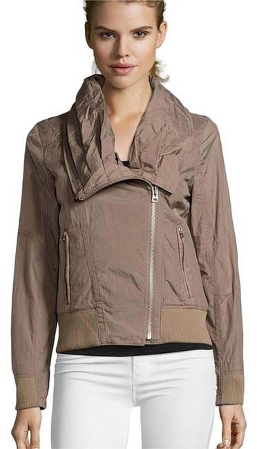Preload https://img-static.tradesy.com/item/20099670/7-for-all-mankind-beige-asymmetrical-zip-ruched-collar-jacket-size-8-m-0-1-650-650.jpg