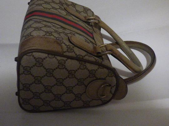 Gucci Doctor's Speedy/Boston Classic Large G Logo Print Satchel in shades of brown with wide red/green stripe Image 11