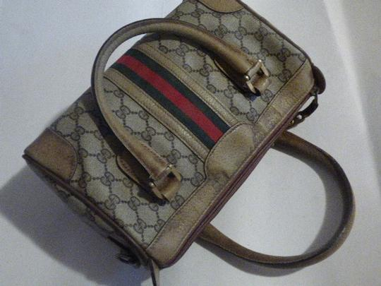 Gucci Doctor's Speedy/Boston Classic Large G Logo Print Satchel in shades of brown with wide red/green stripe Image 7