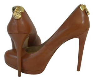 Michael Kors Camel Color/Light Brown Pumps