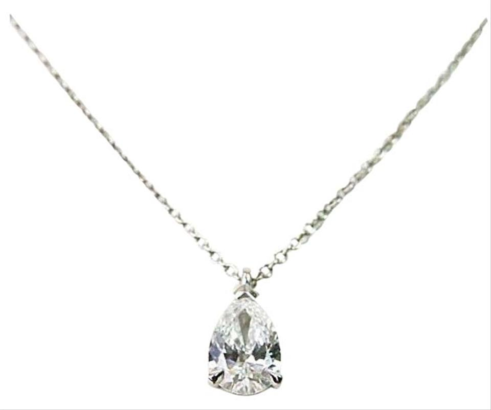 pendant trans harry en pear winston solitaire diamond shaped