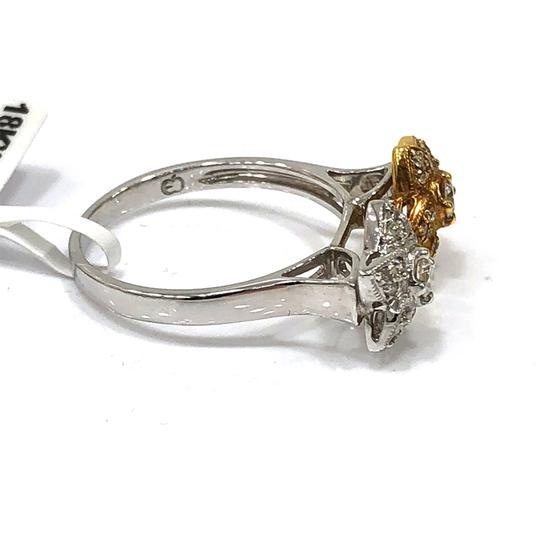 Other 18K White / Yellow Gold Diamons Flowers Ring Image 4