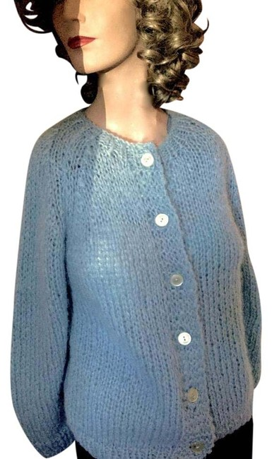 Preload https://img-static.tradesy.com/item/20101103/blue-vintage-60-s-hand-knitted-wool-mohair-cardigan-size-12-l-0-2-650-650.jpg