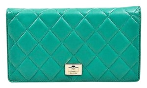Chanel Chanel Green Quilted Leather Ghw Compartmentalized Reissue Wallet