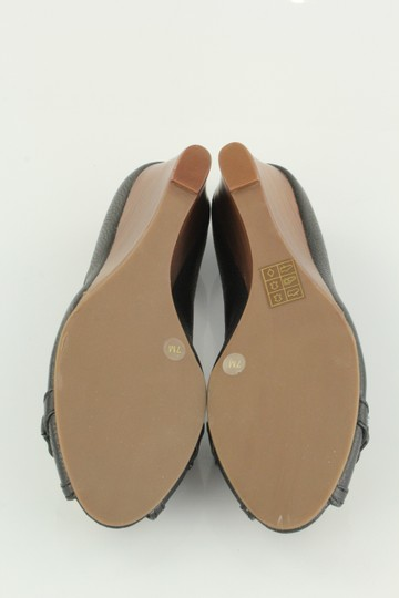 Tory Burch Leaather Gold Leticia Black Wedges