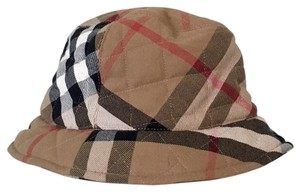 Burberry London Burberry Nova Check quilted hat