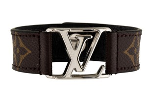 Louis Vuitton Silver-tone Louis Vuitton Hockenheim LV logo bracelet