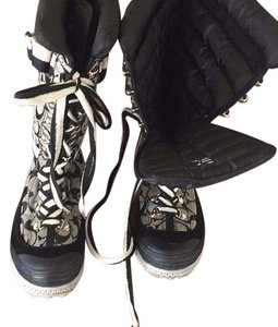 Coach Black and coach logo Boots