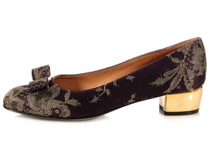 Salvatore Ferragamo Embroidered Gold Bow Sf.k1026.09 Pumps