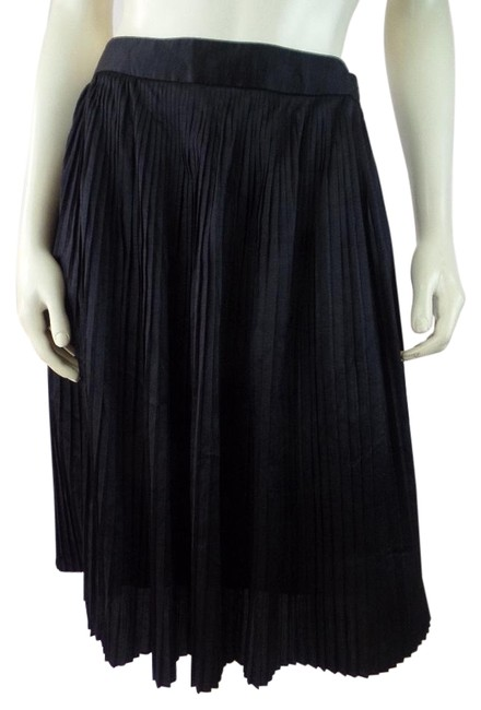Preload https://img-static.tradesy.com/item/20103850/anne-klein-black-accordion-pleat-zip-lined-new-midi-skirt-size-8-m-29-30-0-1-650-650.jpg