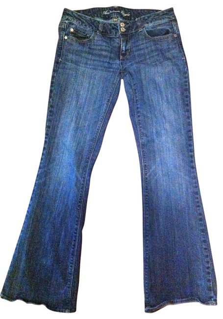 Preload https://img-static.tradesy.com/item/20104/american-eagle-outfitters-medium-wash-stretch-artist-style-boot-cut-jeans-size-32-8-m-0-0-650-650.jpg