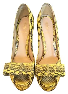 Fendi Yellow and black Pumps